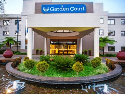 Snip-Garden-Court-Hatfield-Gallery-Google-Chrome